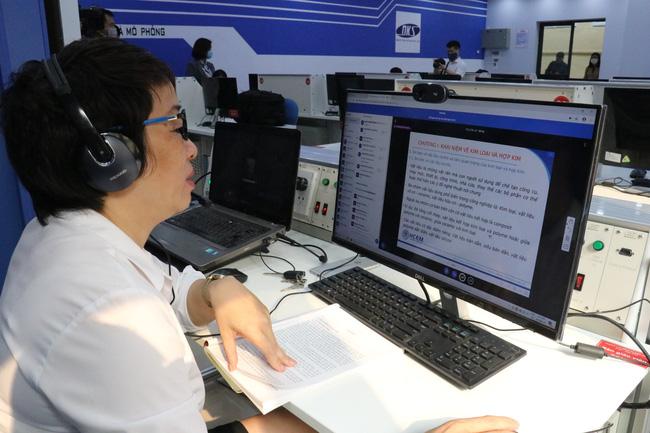 Tiếp tục giảng dạy, học tập trực tuyến trong các cơ sở GDNN - Ảnh 1.