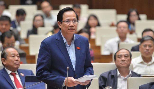 Bộ trưởng Đào Ngọc Dung: Sẽ cải cách tiền lương theo 3 nguyên tắc - Ảnh 1.